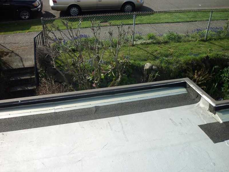 Built in gutters need protection against debris in Mount Vernon