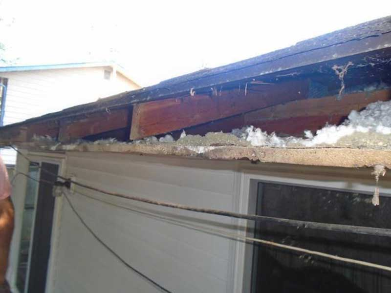 Our crew pulled the rotten fascia off and replaced it with the new fascia, gutters, and the MasterShield gutter system in Lake Stevens, WA.